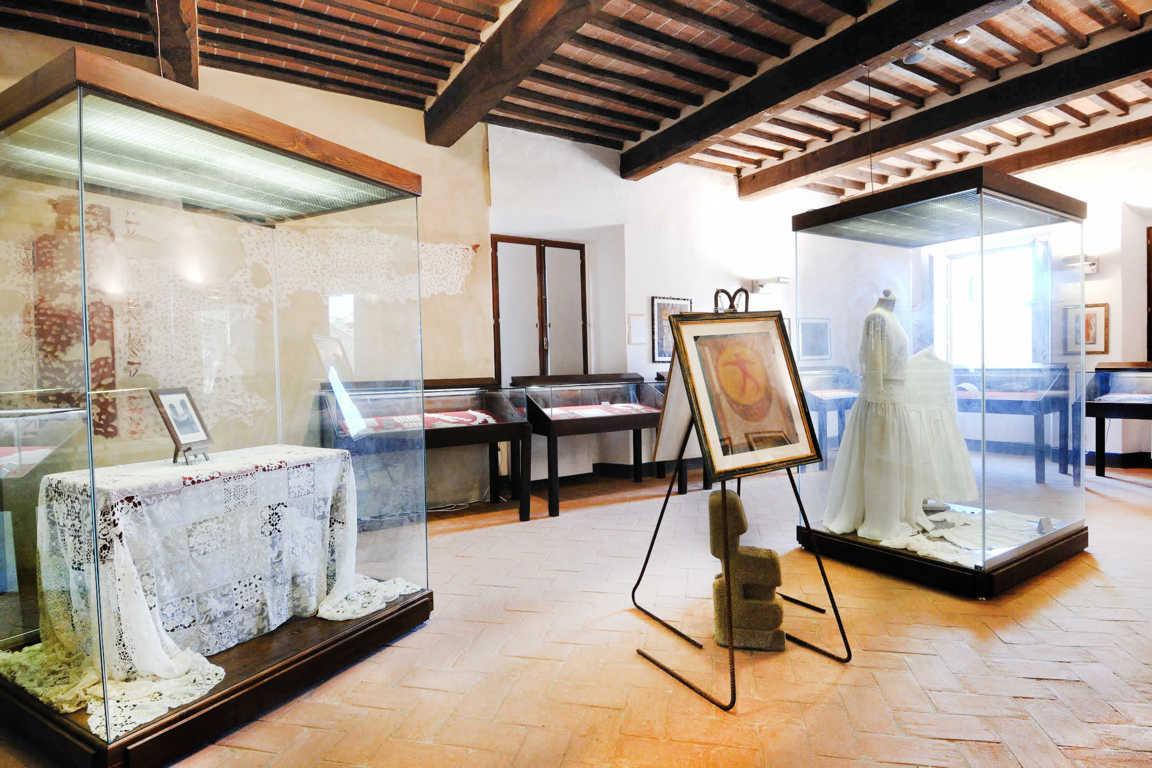 Museo_del_merletto_tuoroLQ